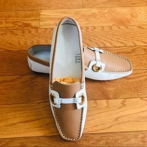 TODS White Camel soft leather driving moccasin